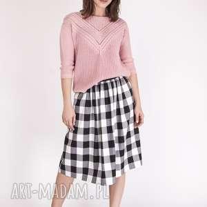 sweterek z ażurową wstawką, swe041 pastelowy róż mkm, dzianinowy, ażurowy, łódka