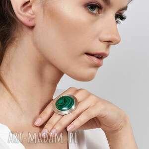 duży srebrny pierścień z malachitem a537, pierścionek