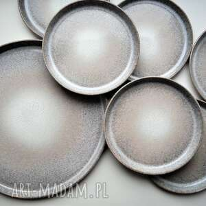 zestaw 6 plus 1 talerze ceramiczne, ceramika, talerz, talerze, talerzy