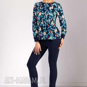 Bluzka Zola, moda