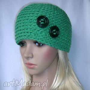 z guziczkami - zielona ozdobna czapka - czapka, guziki, ciepła, głęboka