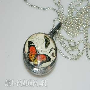 esterka motyle, szklany, szklany wisior, unikatowa biżuteria, unikalny wisior