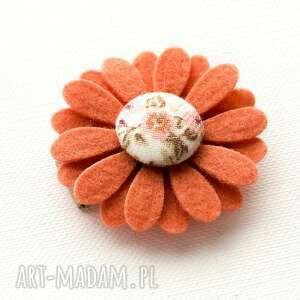 ręcznie wykonane dla dziecka spineczka do włosów kwiatek florence