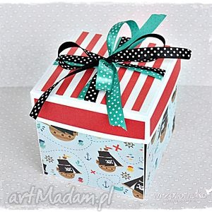 Piracki box na urodziny scrapbooking kartki wrzosowisko kartka