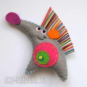 Prezent Jeż Jerzy broszka z filcu, jeż, broszka, filc, kolce, dziecko, prezent