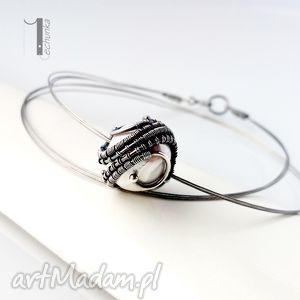 Prezent Bianco VIII - naszyjnik z perłą majorka, wirewrapping, srebro, perła, majorka
