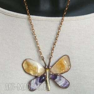 naszyjnik motyl fioletowo-brązowy, wisiorek motyl, z kamieni, ametyst