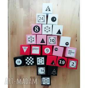 kalendarz adwentowy z magnesem dla dzieci 24 papierowe pudełeczka