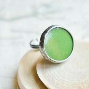 zielony dysk - duży pierścionek ze szkłem, duży