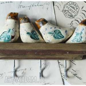Wieszaczek z kolorowymi ptaszkami na haczyki, ceramika, wieszak, ptak