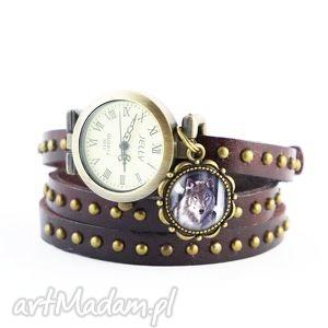 Bransoletka, zegarek - szary wilk brązowy, nity, skórzany