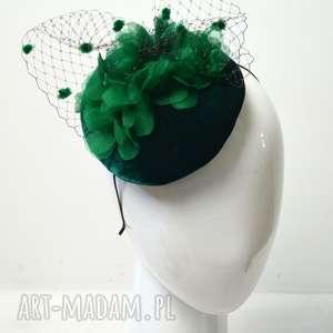 oryginalny prezent, fascynatory zielona dama, fascynator, zielony, toczek, welur