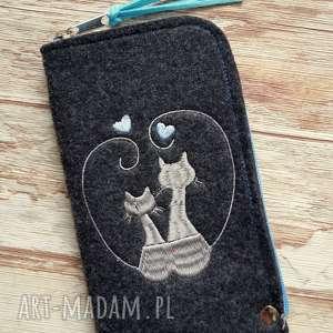 filcowe etui na telefon - zakochane koty, pokrowiec, smartfon, kotki