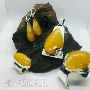 komplet biżuterii srebrnej z bursztynem bransoleta wisior pierścionek kolczyki