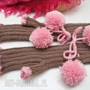 hand made rękawiczki mitenki z pomponami