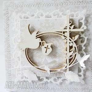 handmade scrapbooking kartki chrzest - w pudełku