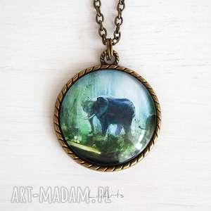 LiliArts. Medalion, naszyjnik - Słoń 2, dżungla - antyczny