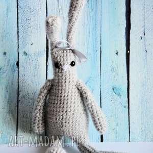 królik szydełkowy szaraczek 38 cm - zając, królik, szydełko, maskotka