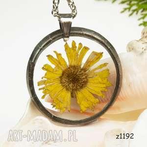 Z1192 naszyjnik z żywicy suszonymi kwiatami naszyjniki herbarium