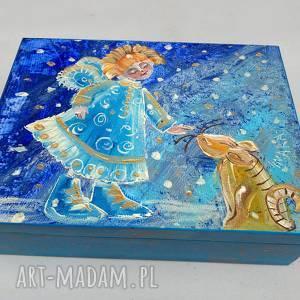 handmade pudełka szkatułka aniołek z kotkiem 15x20