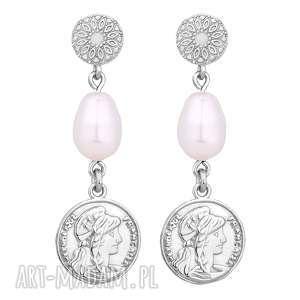 srebrne długie kolczyki z monetami i perłami swarovski®