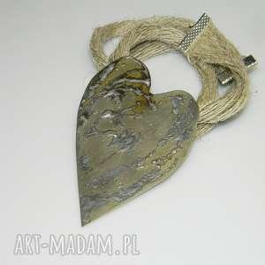 serce z alpaki-N26, wisior, alpaka, unikatowa-biżuteria, serce, metaloplastyka,