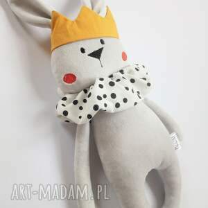 dla dziecka pluszowy króliczek w koronie, królik przytulanka