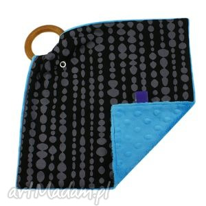 gryzak przytulanka, wzór beads, mini kocyk, gryzak, kropki, minky