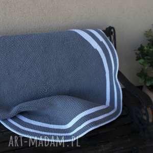 Ręcznie robiony dywan, szary, biały, sznurek, szydełko,