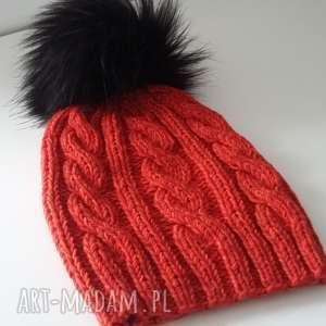 czapka zimowa z duŻym pomponem, czapka, pompon, zima, czapa, druty, kobieta