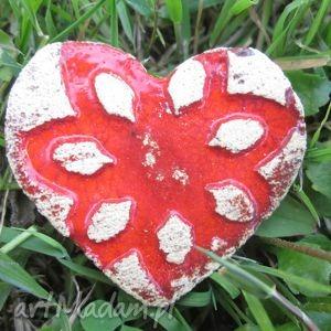 broszka ceramiczna serducho - ceramika, prezent, serduszo, czerwona