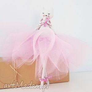handmade lalki kot baletnica