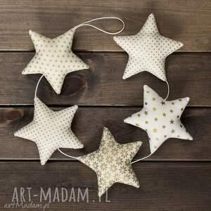 hand-made pomysł na świąteczne prezenty gwiazdkowa ecru girlanda