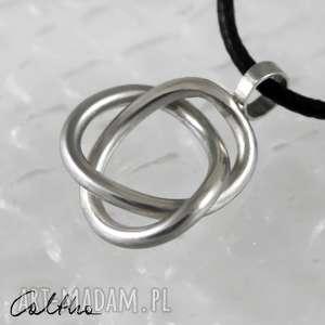 *Zaplątany jasny - srebrny wisior, wisiorek, zawieszka, srebro, srebrna,