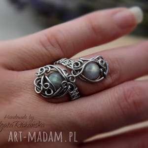 Pierścionek regulowany z labradorytem, wire wrapping, pierścionek,