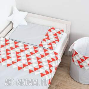 Pościel dziecięca MAGICZNE TRÓJKĄTY - pomarańcz, trójkąty