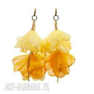 Żółte kolczyki kwiatowe z łańcuszkiem c857 -16 artseko kwiaty,
