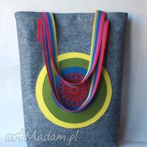 kolorowa tarcza - torba miejska, pakowna, aplikacja, filc, paski