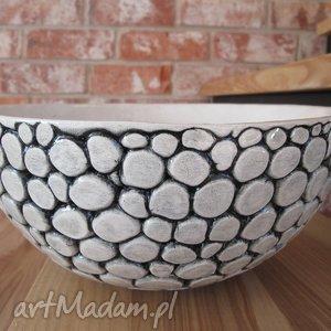 misa ceramiczna z setek kulek, miska, ceramiczna, minimalistyczna, dekoracyjna