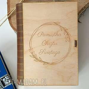 fabryqaprzytulanek drewniane pudełko na pismo święte pamiątka chrztu