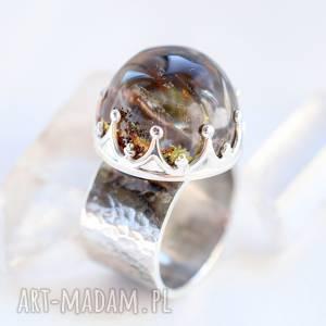 pierścień z kwarcem ogrodowym, kwarc ogrodowy, srebro, inkluzje, minerał