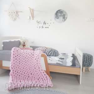 Ręcznie pleciony koc bawełniany knot blanket 180x120 baby pink