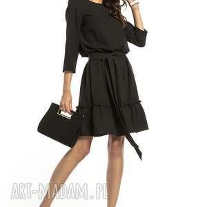 elegancka sukienka z falbaną ściągnięta w pasie, t285, czarny