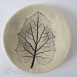 ceramika ana malutki talerzyk z listkiem, fusetka, ceramiczna, podstawka