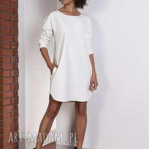 Sportowa sukienka z lampasami, SUK150 ecru, lampasy, sukienka, oversize, luźna