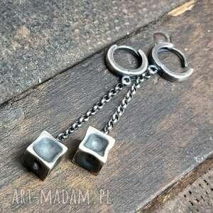 biżuteria kolczyki srebrne małe kostki, wiszące, długie