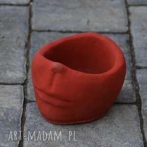 doniczka czerwona, doniczka, czerwony, beton, twarz, betonowa