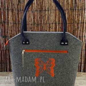 Prezent Filcowa torba z haftem, torebka, filcowa, haft, motyl, torba, prezent