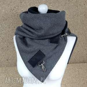 handmade szaliki ciepły wełniany szal - szary prążek ze skórzanymi zapinkami