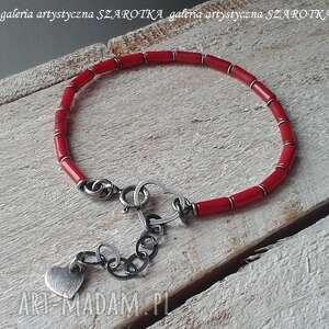 czerwona żmijka bransoletka z korala i srebra, koral, srebro oksydowane